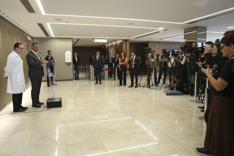 Médicos liberam e Bolsonaro irá à Assembleia da ONU
