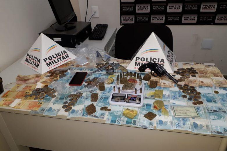 Armas, maconha e R$ 6.213.20 são apreendidos em Barão de Cocais