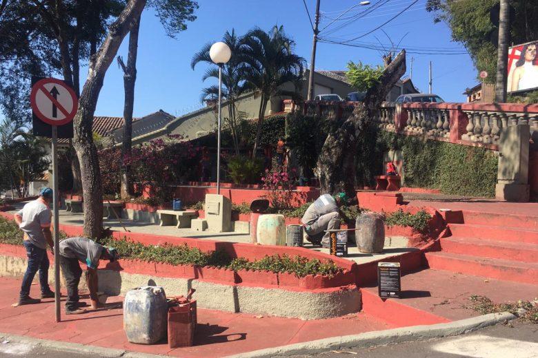 Praça Doutor Joaquim Pedro Rosa passa por revitalização