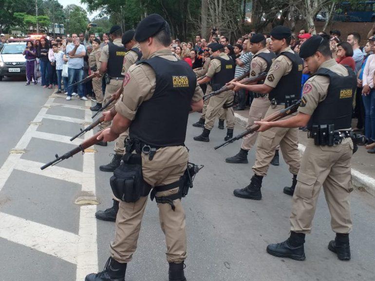 Imagem: Homenagem Póstuma da 17ª Cia da Polícia Militar ao Sargento Célio Ferreira de Souza