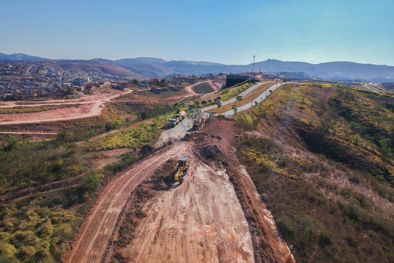 Prefeitura inicia obras de novo trecho da avenida Espigão