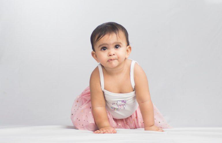 Dermatologista dá dicas de como cuidar da pele de bebês e crianças