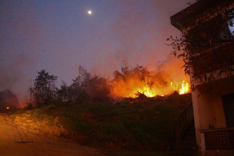 Pela terceira vez em 15 dias, Areão pega fogo em Monlevade