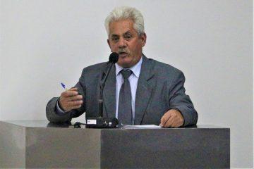 """Sinval diz que oposição quer """"maminha"""" na Prefeitura de Monlevade"""