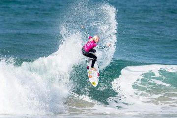 Surfista Tatiana Weston-Webb é primeira a se garantir em Tóquio 2020