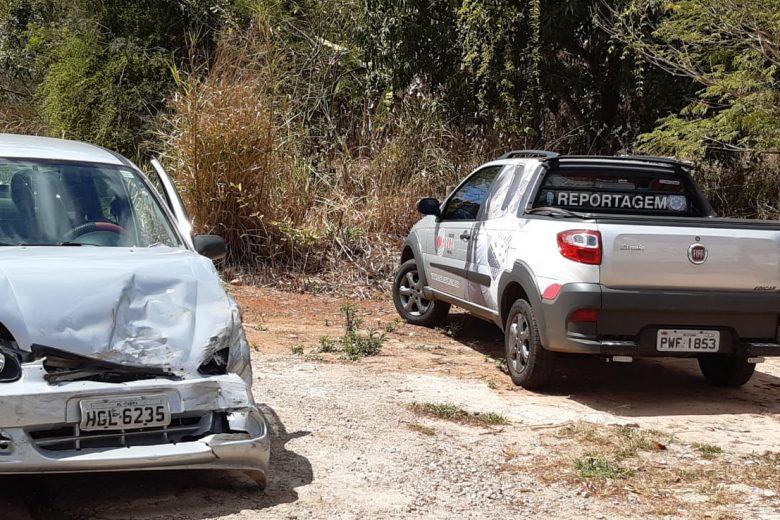 Acidente envolvendo dois carros deixa três feridos em Itabira