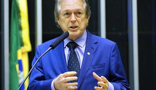 Operação contra desvios do fundo partidário mira o presidente do PSL