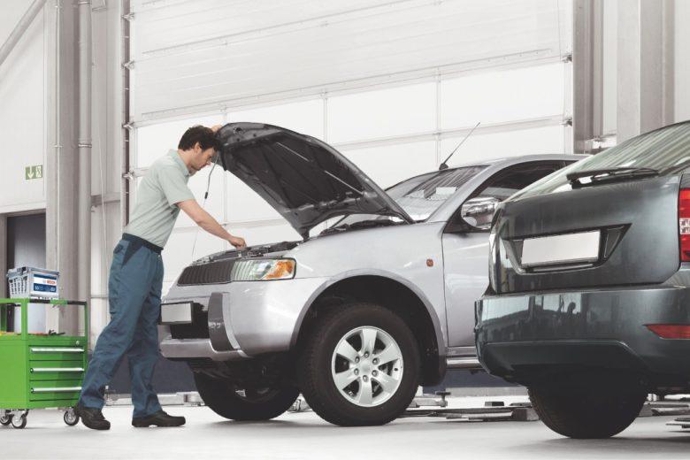 O que é preciso verificar no carro antes de cair na estrada?