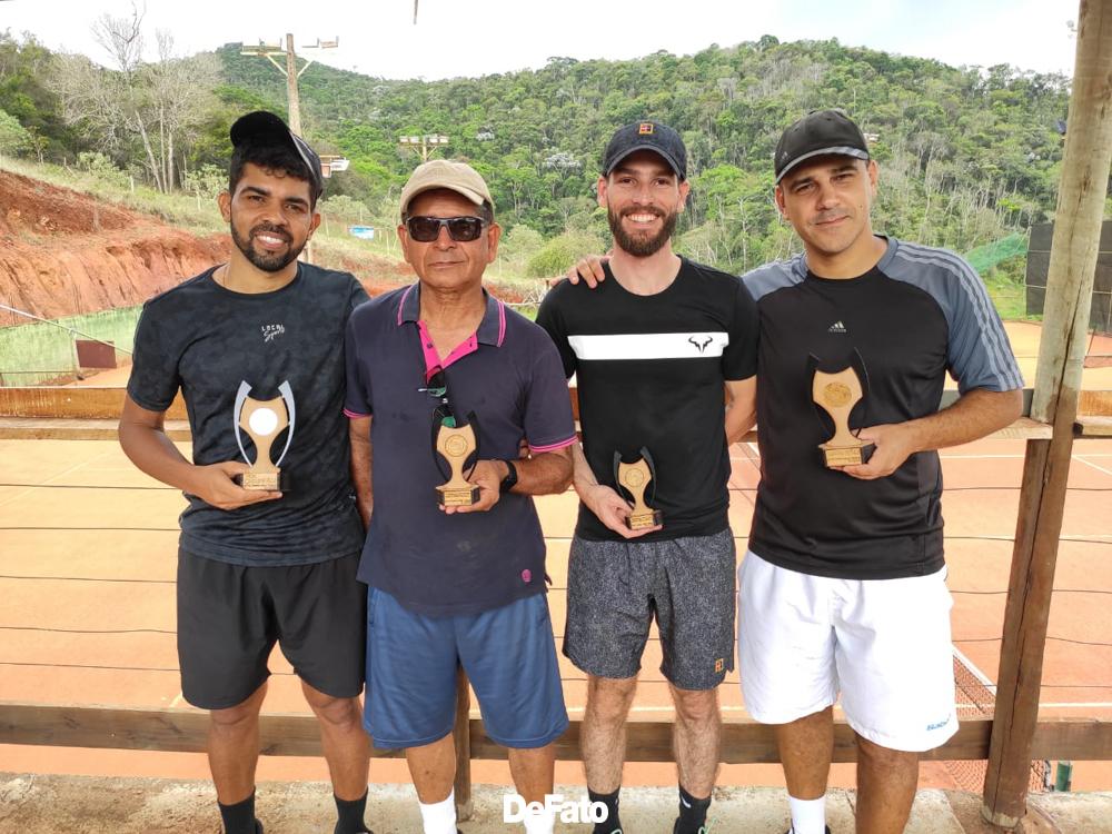 Tenistas de Itabira encerram temporada com torneio final - DeFato Online