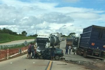 Acidente grave na BR-381 deixa trânsito lento neste sábado (30)
