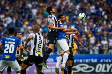Em clássico fraco, Cruzeiro empata com Atlético-MG e segue perto de zona de risco