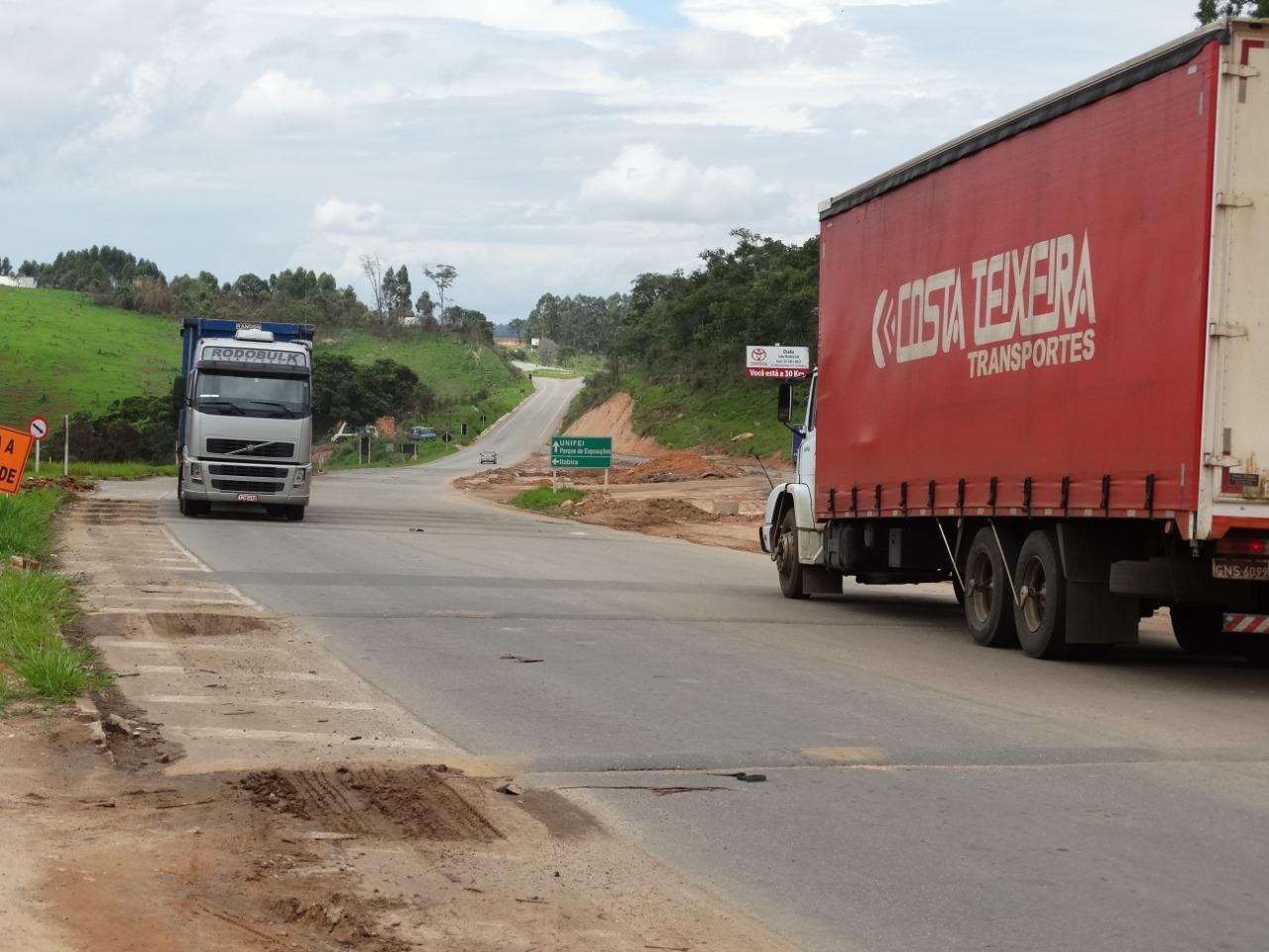 Prefeitura de Itabira vai concluir trevos do Itabiruçu e do João XXIII - DeFato Online