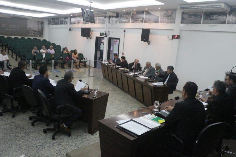 Com condicionantes, vereadores aprovam em primeiro turno empréstimos de R$14 milhões