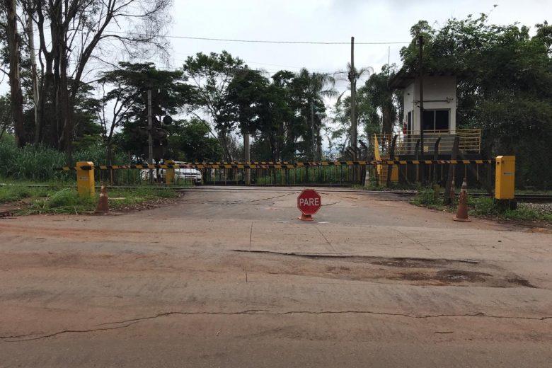 Acesso ao bairro Pará pela 105 continua interditado para obras