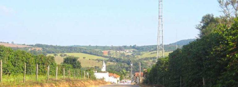 Unidade de captação da Copasa inunda e interrompe abastecimento de água em Conceição
