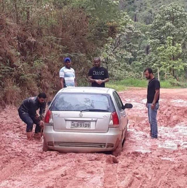 Sem asfalto, estrada entre Senhora do Porto e Dom Joaquim volta a ficar intransitável