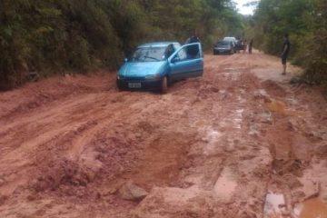 DEER-MG promete melhorias paliativas em trecho entre Senhora do Porto e Dom Joaquim