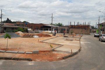 Local usado para despejo de lixo vira espaço de convivência no bairro Pedreira