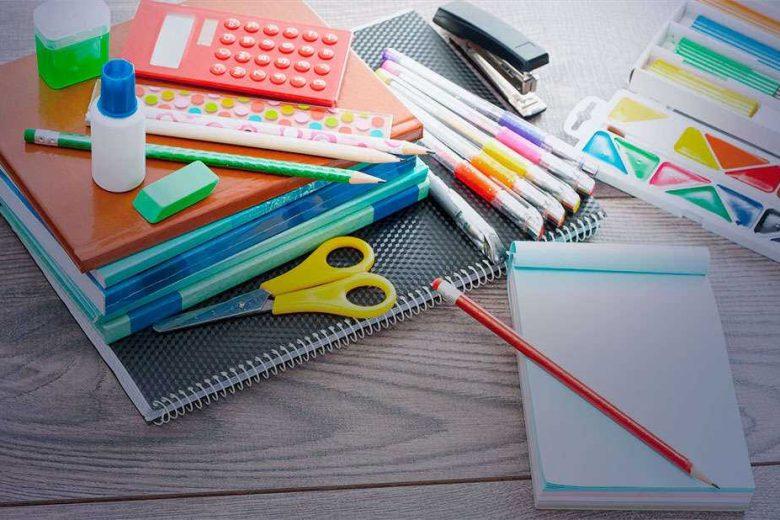 Pais questionam itens de material escolar exigidos em escolas municipais de Monlevade