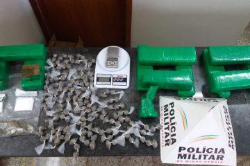 PM arromba ponto de tráfico em Barão e apreende mais de 8 kg de maconha