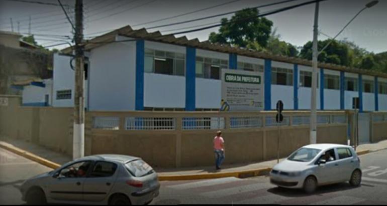 Chuva destrói arquivos escolares e alunos precisam refazer matrícula em São Gonçalo