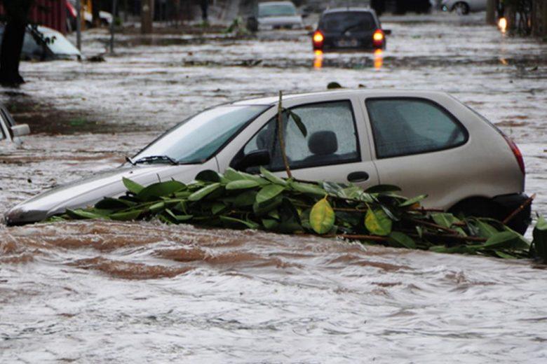 Período de chuvas demanda cuidados especiais para prevenir perdas e danos