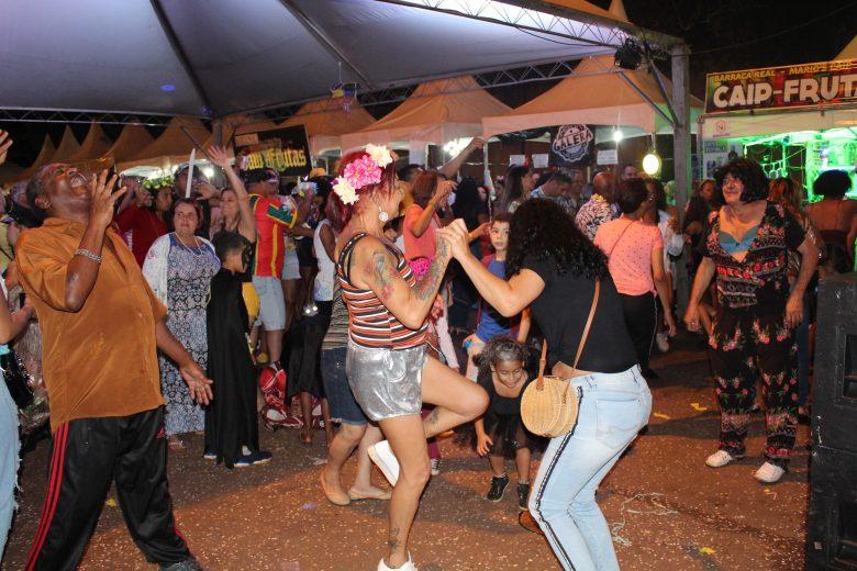 Carnaval em Itabira: folia prossegue na pracinha do Campestre e em Ipoema; veja programação