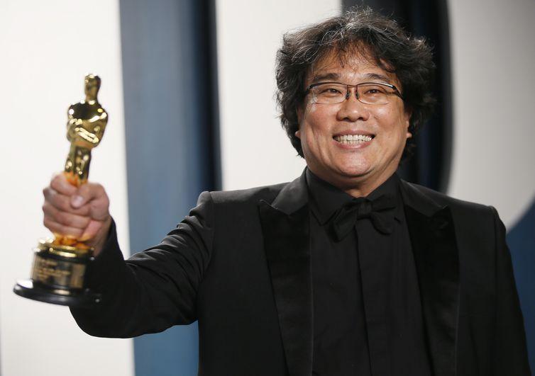 Filme sul-coreano Parasita faz história e ganha o Oscar 2020