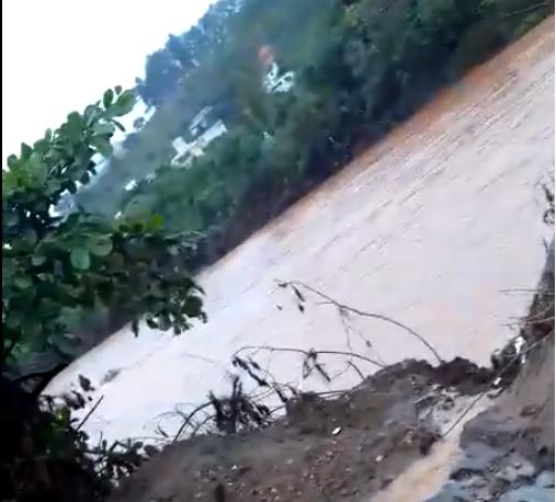 Nível do rio sobe quase três metros em Nova Era