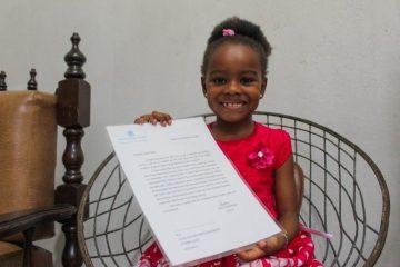 #ficaemcasa: Itabirana de 6 anos dá dicas de como passar o tempo