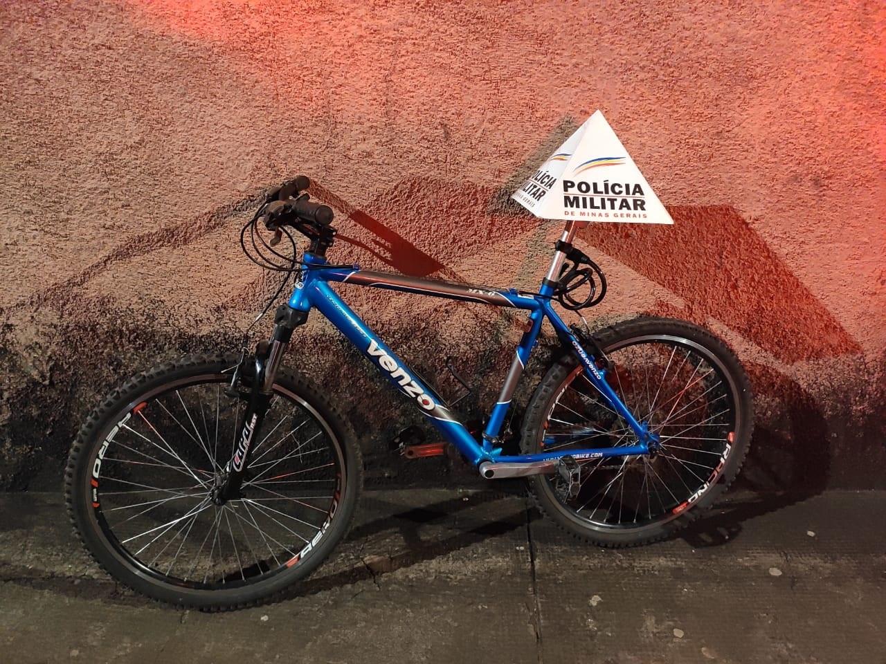 Polícia prende suspeito de receptação e recupera bicicleta furtada