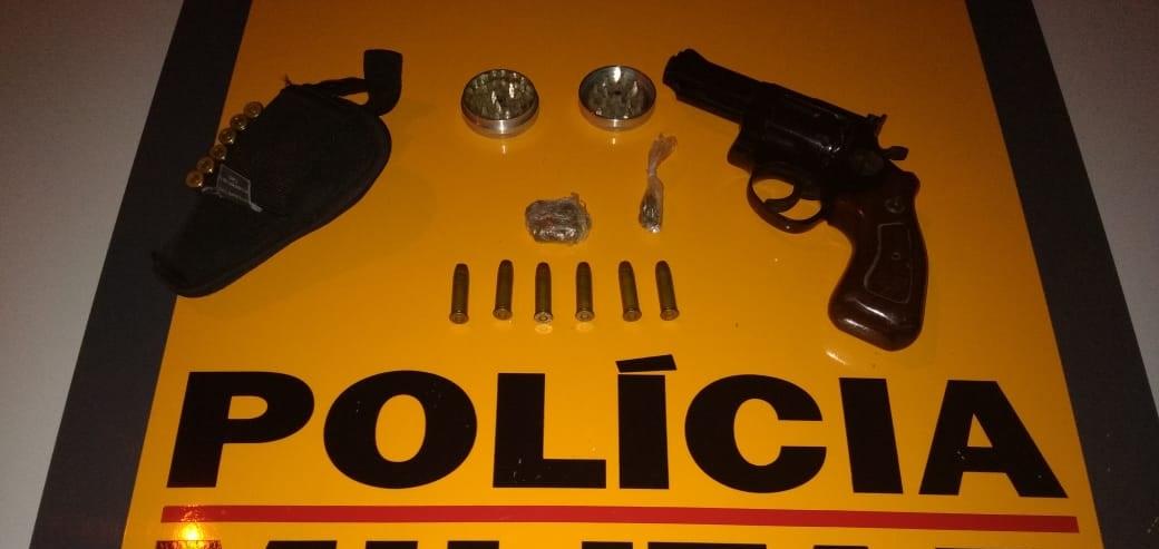Comerciante com revólver na cintura é preso em Itabira
