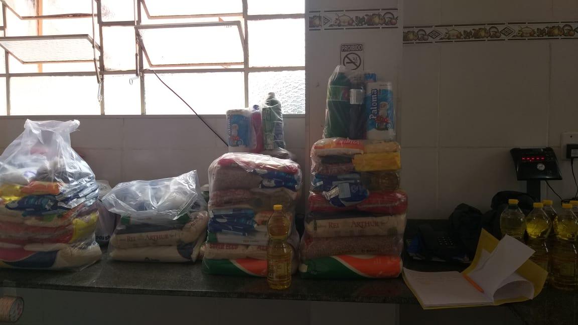 Escola de Conceição faz campanha para arrecadar doações e ajudar famílias carentes