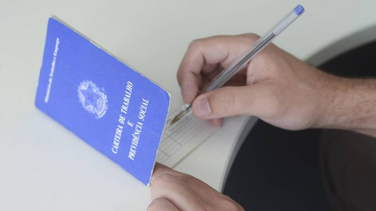 Confira as vagas de emprego disponíveis no Sine Itabira nesta segunda (25)
