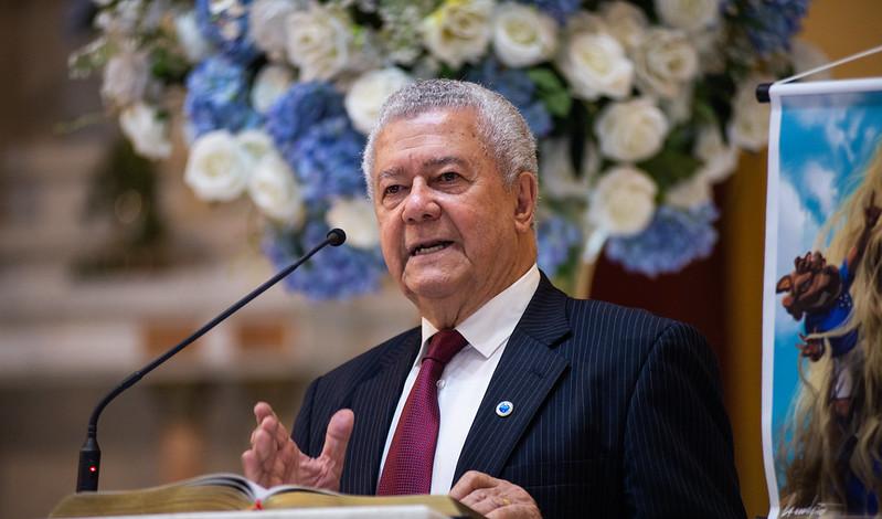 Presidente interino do Cruzeiro é diagnosticado com o novo coronavírus