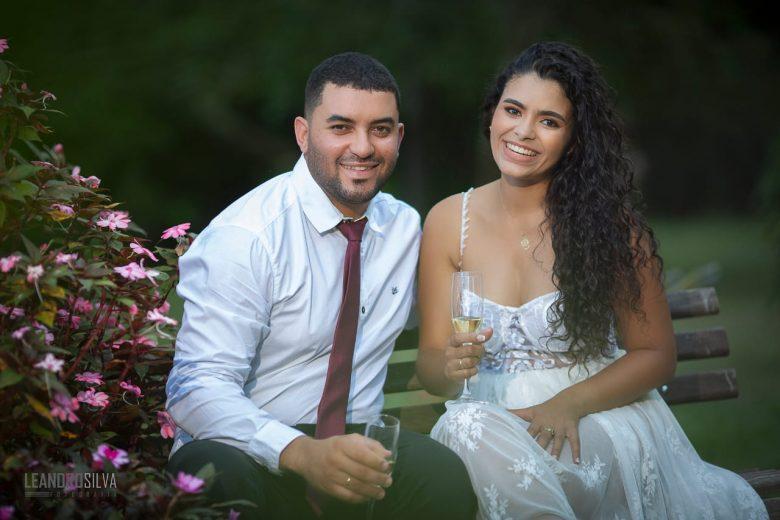 """""""É algo completamente fora do nosso controle"""", relata noiva que se casaria em maio"""