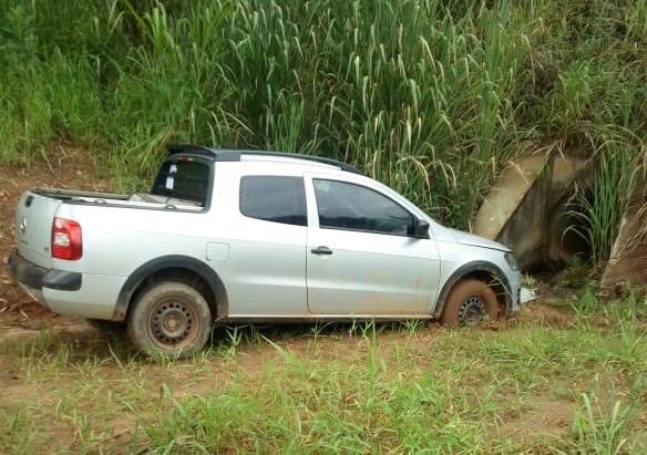 Polícia Militar de Itabira recupera Saveiro roubada