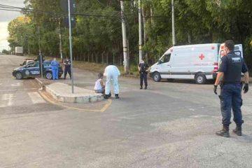 Mulher com Covid-19 foge de hospital e tenta atear fogo no próprio corpo