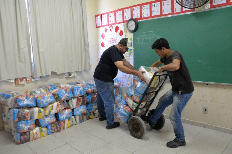 Merenda Solidária garante cesta a todos os estudantes em São Gonçalo do Rio Abaixo