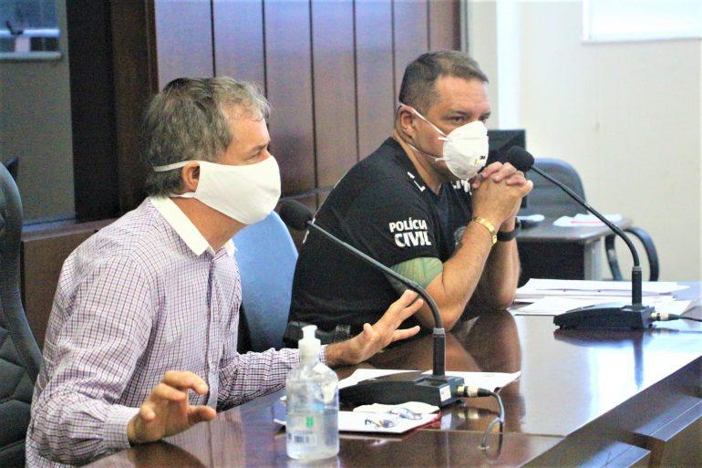 Câmara admite falha de comunicação, mas permanece impasse sobre identidades em Monlevade