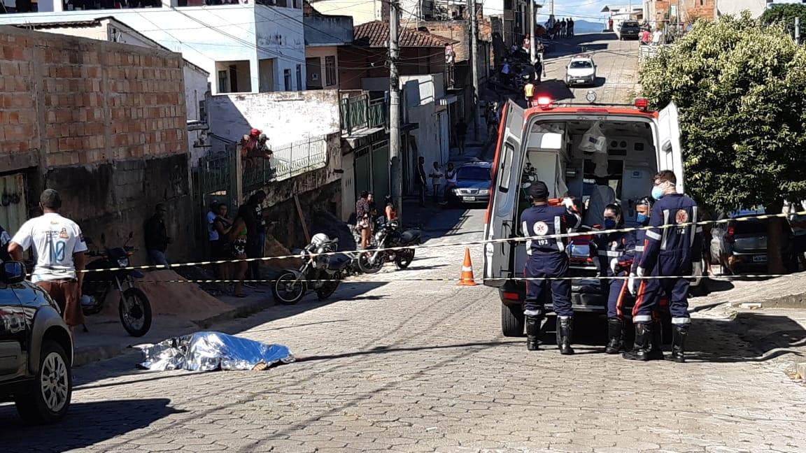 Homem é assassinado com tiros na cabeça em Itabira