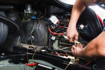 Empresa contrata eletricistas para trabalho em Itabira