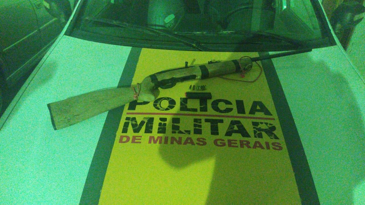 Polícia Rodoviária apreende rifle durante operação em Cata Altas