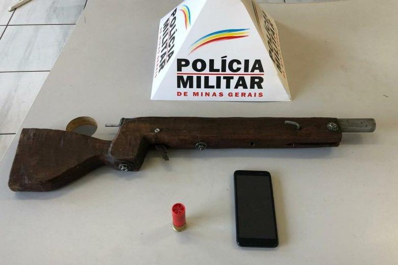Homem é preso ao ser flagrado com arma de fabricação caseira em Itabira