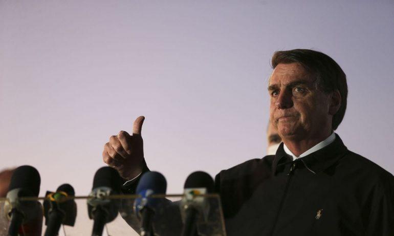 Após intenso debate, homenagem a Bolsonaro pelo trabalho contra o coronavírus é rejeitada