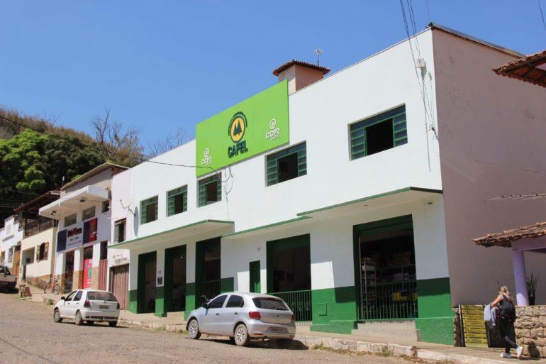 Cooperativa Agropecuária de Ferros comemora 35 anos de emancipação e celebra bons resultados