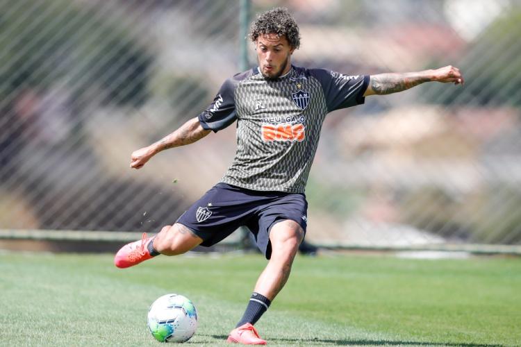 Flamengo x Atlético: Sampaoli relaciona Guga e deixa Otero de fora