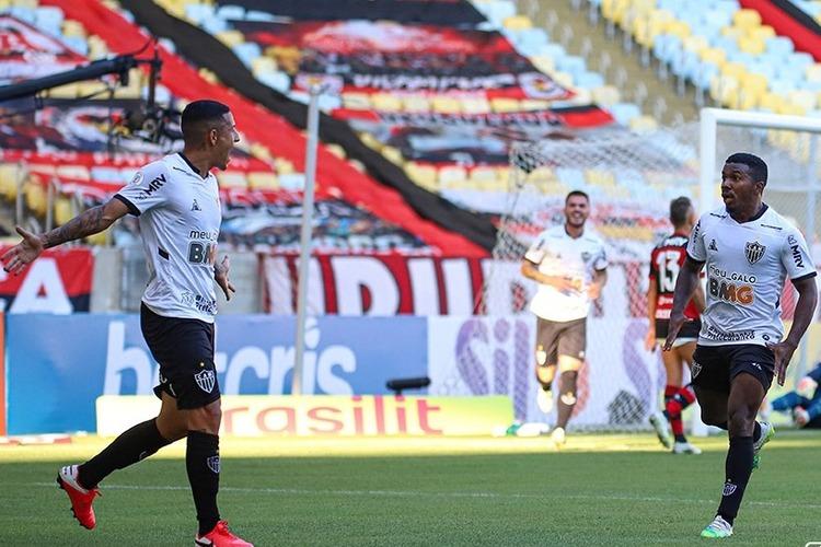 Em grande jogo, Atlético vence atual campeão Flamengo na estreia no Brasileiro