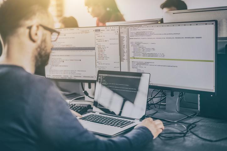 Mag Informática contrata profissional em Itabira