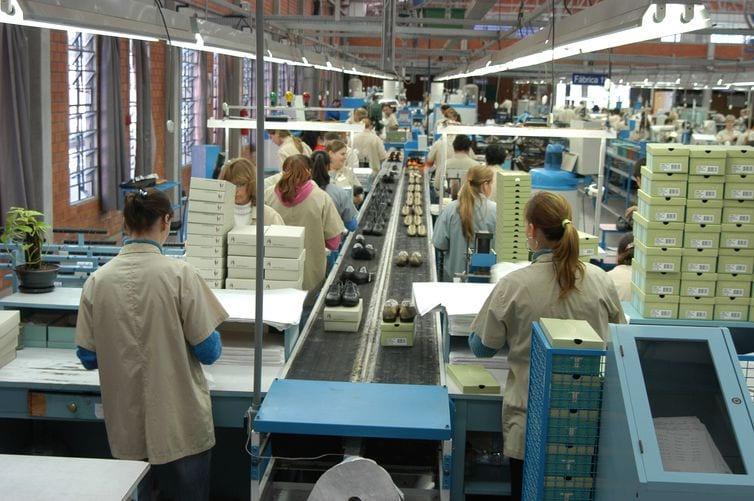 Preços de produtos industrializados sobem 3,36% em janeiro